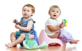 خطة سهلة لتعليم طفلك الصغير دخول الحمام