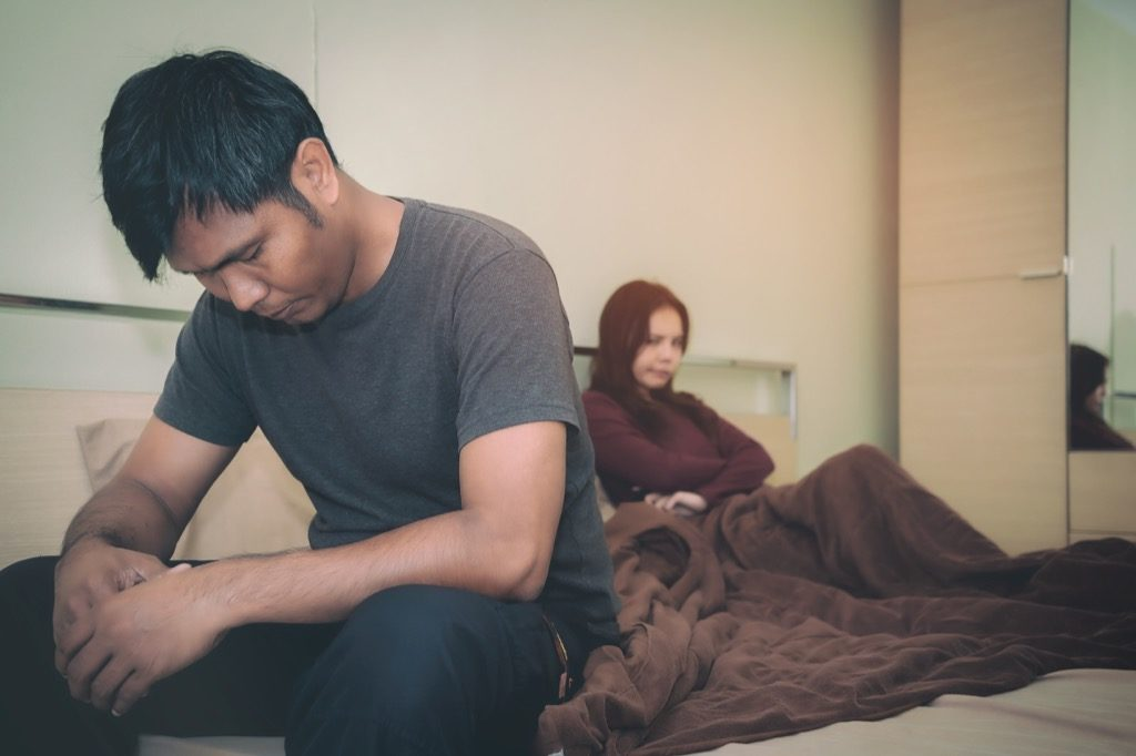 5 أمور لا يبوح بها زوجك ويحبها أثناء العلاقة الحميمية