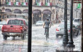 بعد ارتفاع درجات الحرارة.. أمطار رعدية وثلوج في عدد من المناطق