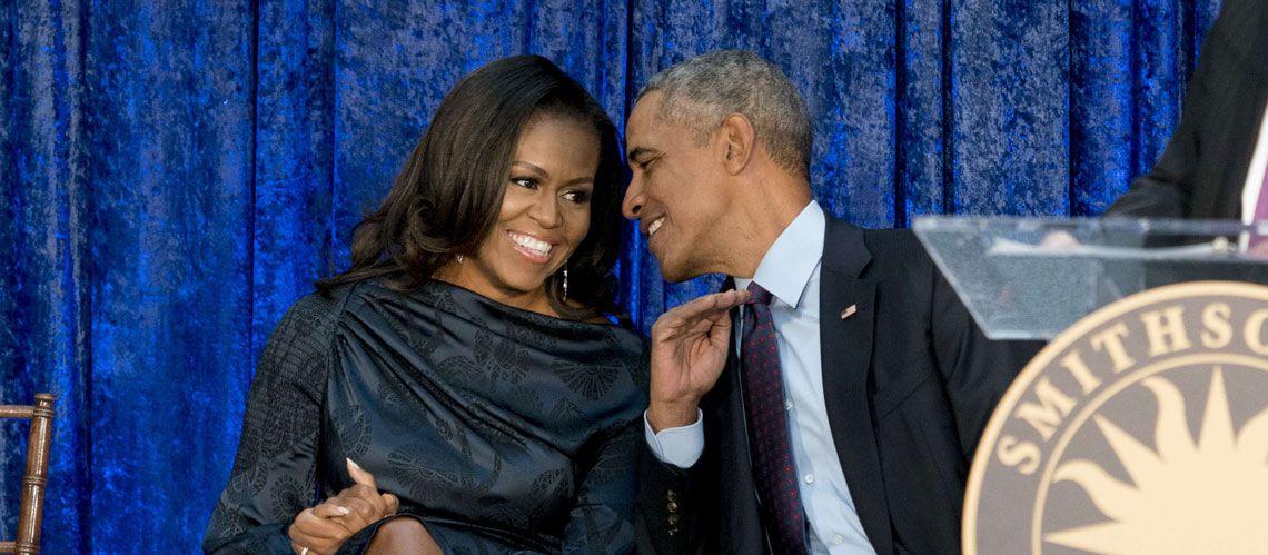 """Photo of أوباما يخلق الجدل بعد تصرفه """"الغريب"""" اتجاه زوجته"""