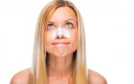 3 وصفات طبيعية لإزالة الرؤوس السوداء