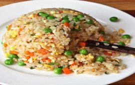 مطبخ غالية.. طريقة تحضير الأرز بالخضر في الفرن