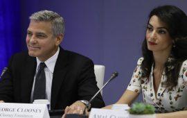 الممثل العالمي جورج كلوني وزوجته المحامية يدخلان في مواجهة مع تنظيم داعش