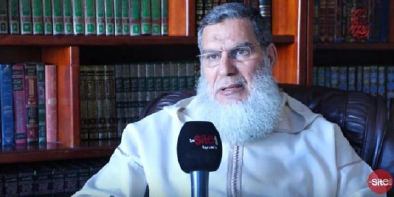 صورة آش قال الدين.. الشيخ الفيزازي يتحدث عن صلاة النساء في المسجد- فيديو