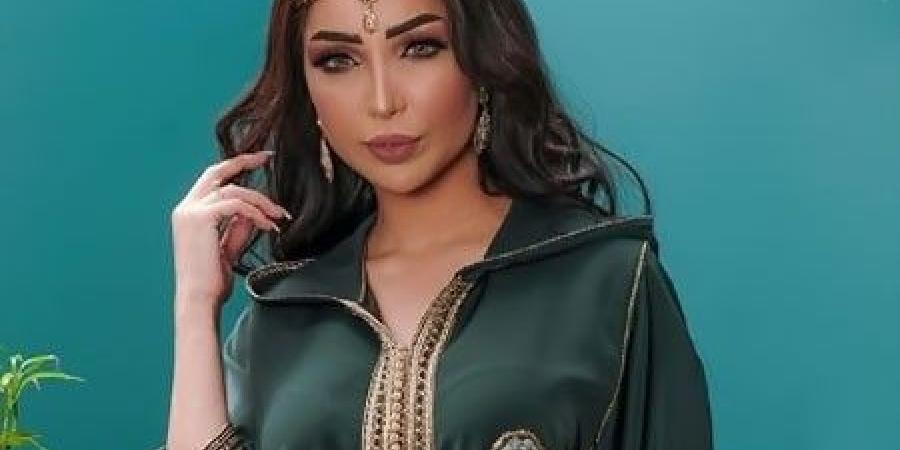 صورة لإطلالة أنيقة في عيد الفطر.. تصاميم أنيقة وعصرية للجلابة المغربية
