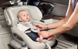 احذري من مقاعد سيارات الأطفال.. ستقتل رضيعك