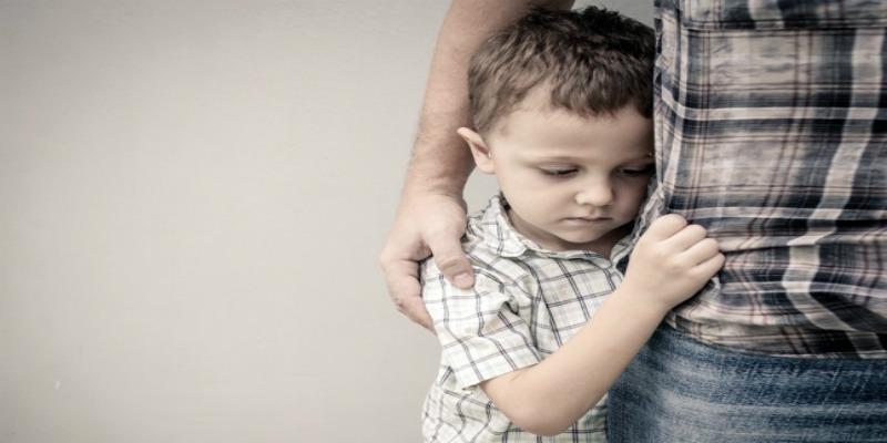 Photo of لا تعاملي طفلك الخجول بهذه الطريقة المدمرة