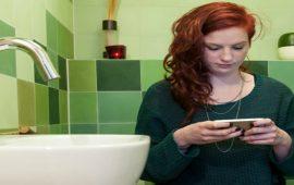 استعمال الهاتف المحمول يسبب البواسير!!