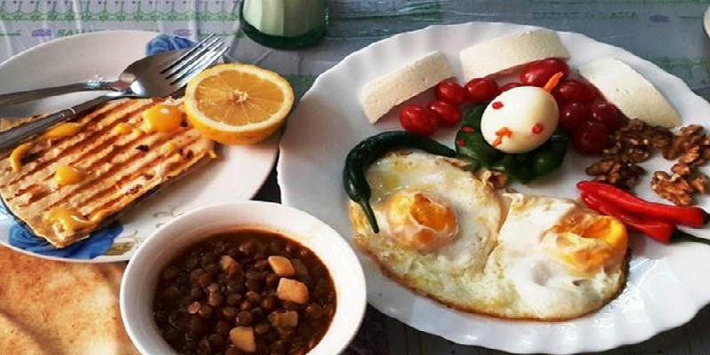 صورة خبيرة في التغذية تكشف مخاطر الإفطار بهذه الأطعمة
