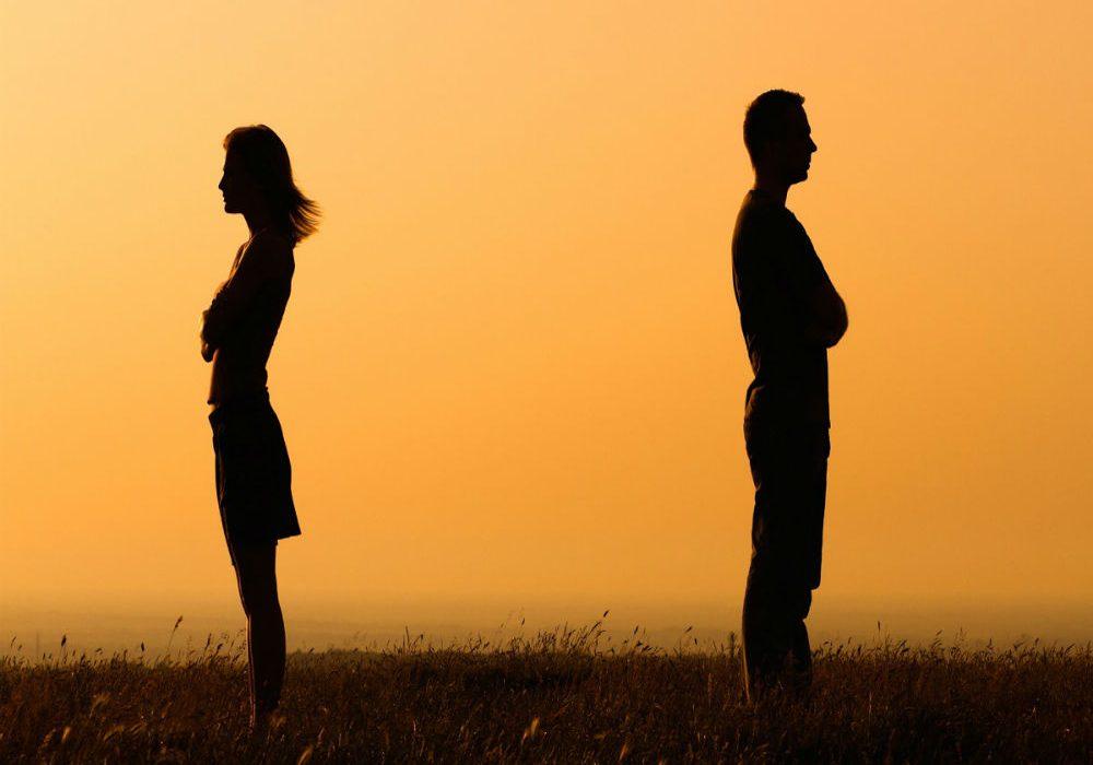 تعرفي على ما يفسد علاقاتك العاطفية وفقًا لبرجك