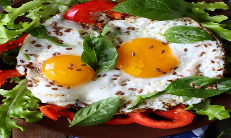 مطبخ غالية.. البيض بالأعشاب والريحان لفطور صحي