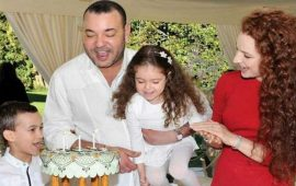 بعد كثرة الشائعات.. الملك محمد السادس وزوجته السابقة يدحضان الأكاذيب
