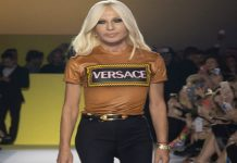 """مجموعة """"فيرساتشي"""" 2020.. المرأة البدوية العصرية في ذات الإطلالة"""