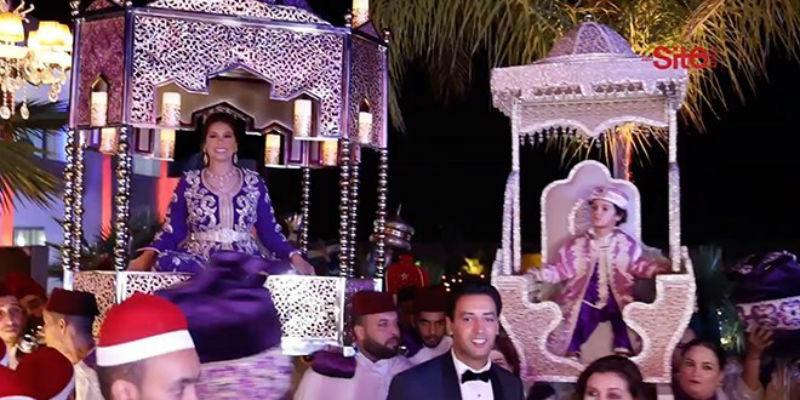 """صورة هدى سعد """"بارزة"""" على الطريقة المغربية فوق العمارية مع زوجها وإبنهما فارس"""