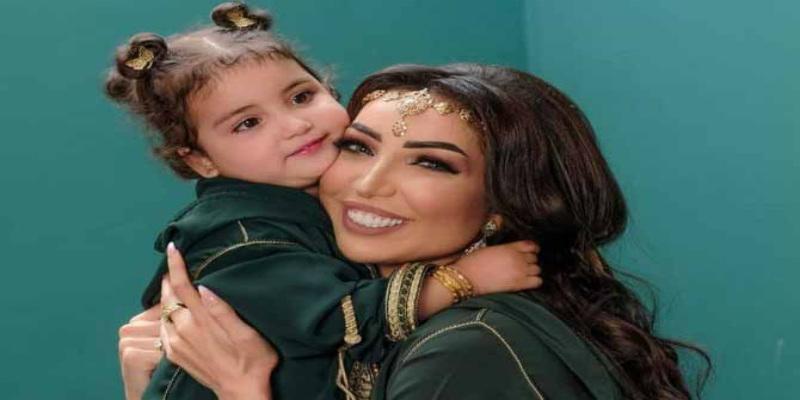 صورة غناء غزل الترك إبنة دنيا بطمة يشعل منصات التواصل الإجتماعية