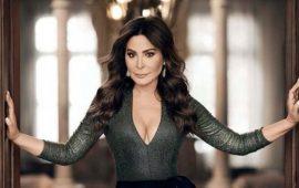 إليسا تغضب جمهورها التونسي بفستانها الجريء- فيديو