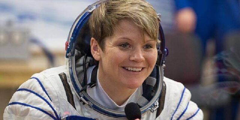 """Photo of """"ناسا"""" تحقق في أول جريمة ارتكبتها امرأة في الفضاء"""