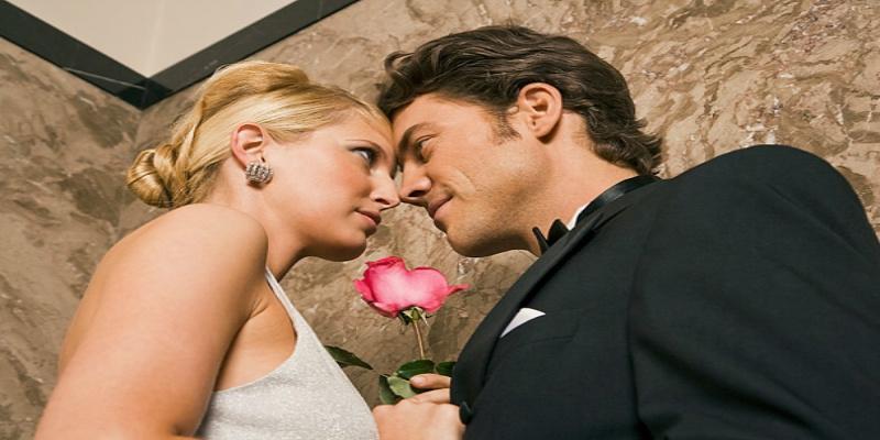 """""""القاعدة الذهبية"""" لنجاح العلاقة الزوجية"""