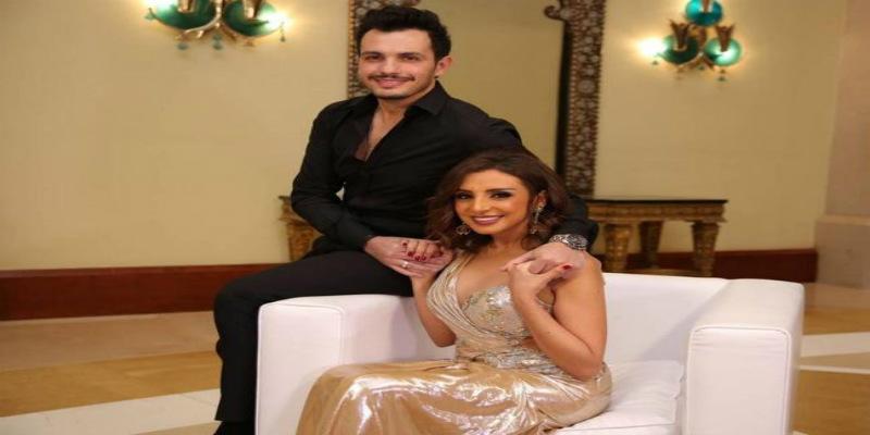 Photo of أنغام تفقد وعيها على المسرح.. والجمهور برجح فرضية الحمل