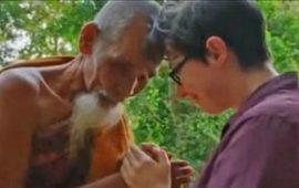 "مذيعة تصور ""راهبا بوذيا"" أثناء تحرشه بها"
