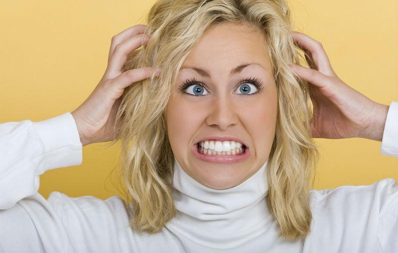 صورة وصفات طبيعية لعلاج إلتهاب فروة الرأس