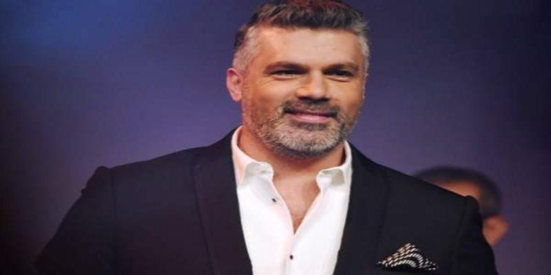 صورة بعد اعتذاره عن إحياء حفل بالمغرب.. فنان شهير يعوّض فارس كرم