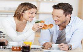 أغذية تضعف الرغبة الجنسية عند زوجك.. تجنبيها