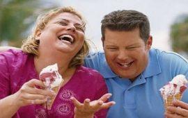 دراسة: الحب والإستقرار العاطفي يسببان السمنة المفرطة