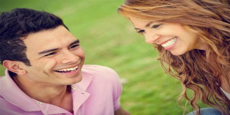 Photo of دراسة: الرجال يضحكون أكثر من النساء