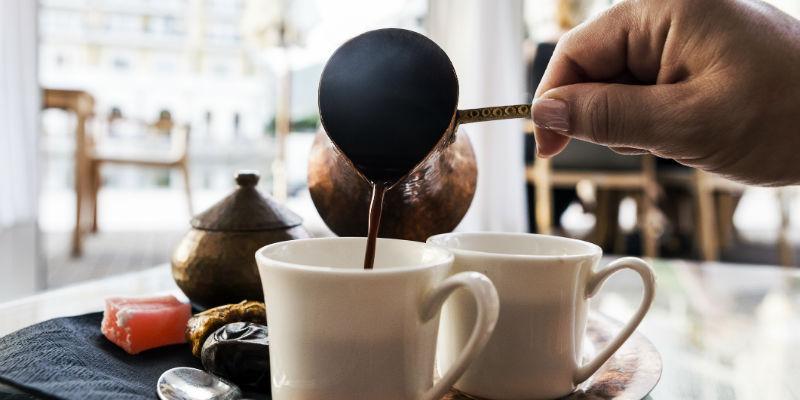 Photo of شرب كوبين من القهوة يوميا يجنبك الإصابة بمرض مزمن