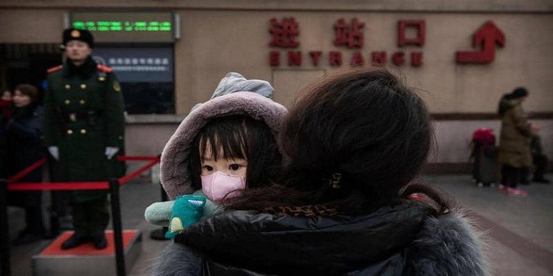 صورة بعد إرتفاع عدد ضحايا الفيروس الغامض.. الصين تفرض الحجر الصحي