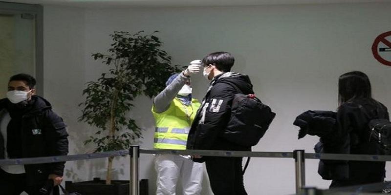 Photo of بسبب كورونا.. المغرب يمنع الرحلات الجوية والنقل البحري للمسافرين من وإلى إسبانيا