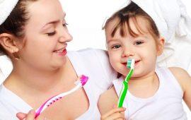 4 نصائح مهمة للعناية بأسنان طفلك
