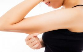 طريقة تحضير الزيوت العطرية للتخلص من ترهلات الجلد