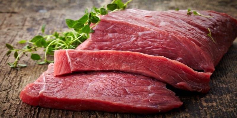 هام.. هذه مدة حفظ اللحم بالثلاجة والمجمد
