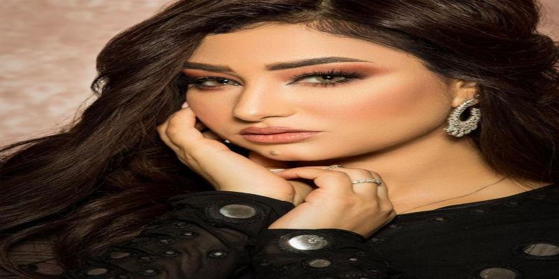 """صورة أسماء لزرق.. المغربية الوحيدة المشاركة في """"ذكرى وفاة كوكب الشرق أم كلثوم"""""""