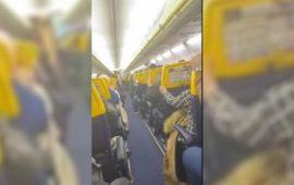 مسافرون يوثقون لحظات مرعبة خلال رحلتهم بالطائرة من وجدة إلى بروكسيل- فيديو