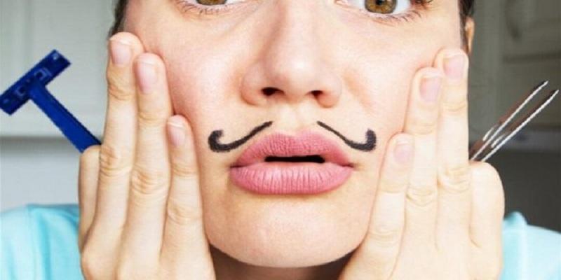 3 خلطات طبيعية تخلصك من الشعر الزائد بالوجه