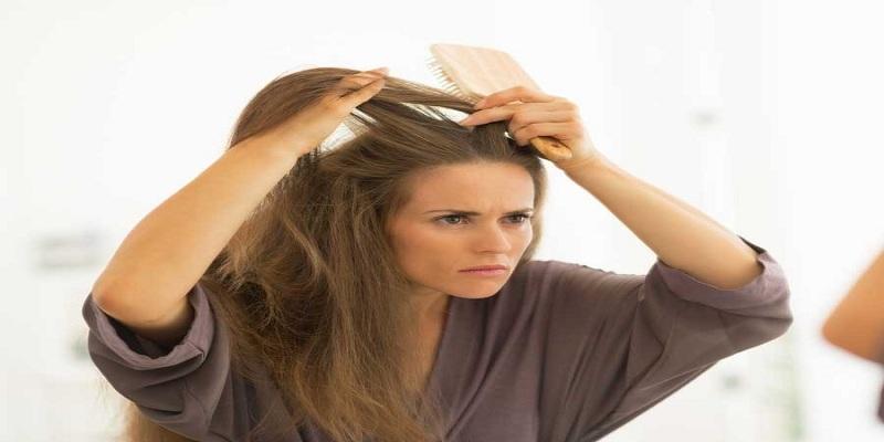 صورة تساقط الشعر بفعل كورونا؟ نصائح قد تساعدك
