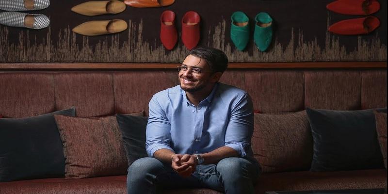 صورة سعد لمجرد يرد على حملة منعه دخول مصر-صورة