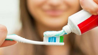 صورة عكس إعتقادنا.. هذه الطريقة الصحيحة لإستخدام معجون الأسنان