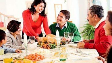 Photo of تعرفي على اتيكيت الجلوس على مائدة الطعام