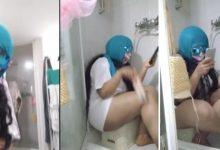 """صورة فيديوهات روتيني اليومي.. شابة تنقل تفاصيل استحمامها في بث مباشر بموقع """"يوتوب"""""""