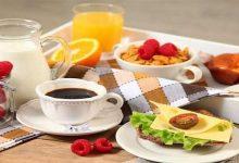 صورة ملف شامل عن الأطعمة الصحية التي يجب تناولها بوجبة الفطور