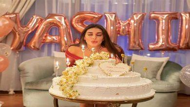 صورة بسبب عيد ميلادها.. إعلامي شهير يسخر من ياسمين صبري