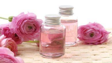 صورة 4 فوائد جمالية لزيت الورد.. تعرفي عليها
