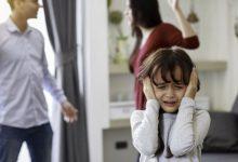 صورة طرق التعامل مع الطفل بعد انفصال الأبوين