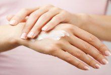 صورة 3 خلطات منزلية لعلاج جفاف اليدين