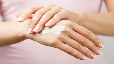 صورة وصفات سحرية وفعالة لتبييض اليدين