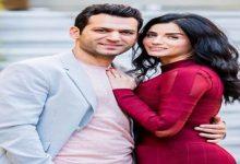 صورة بسبب زوجته.. الممثل التركي مراد يلدرم يهاجم متابعيه -صورة